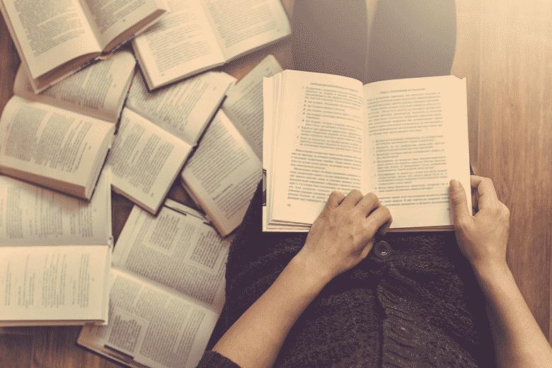 Comment lire un livre par semaine